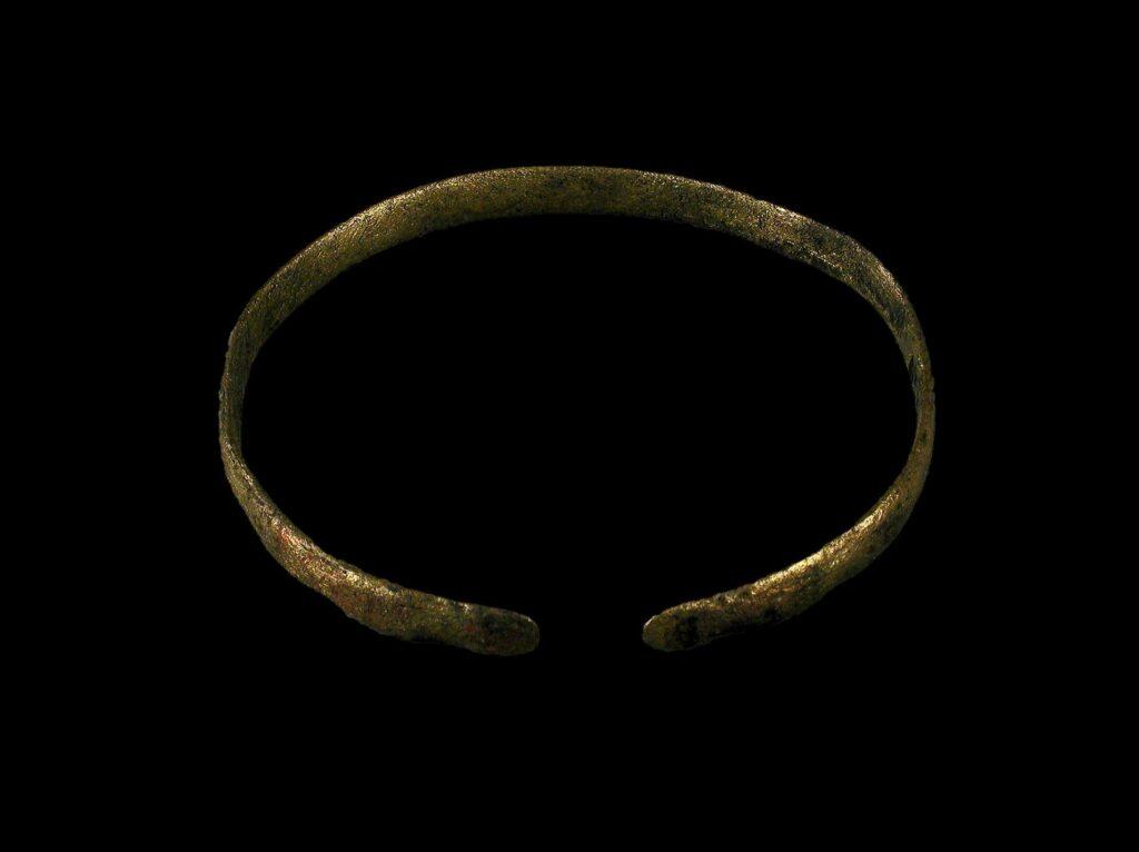Pulsera de bronce íbero-púnica