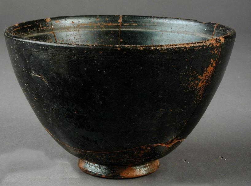 Cuenco cerámico (200-101 a.C) encontrado en Baria
